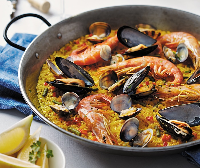Paella Tradition — Become a Local